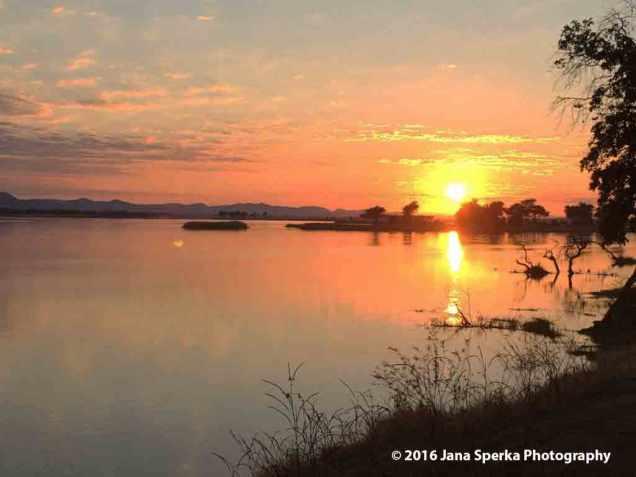 Sunrise-Mana-Poolsweb