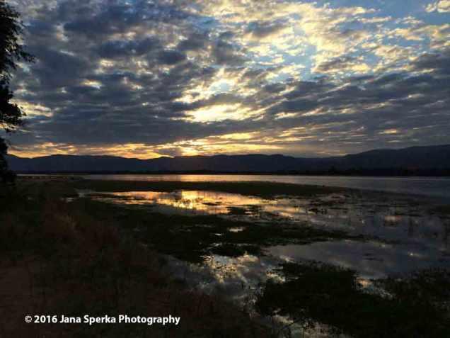 Sunset-Mana-Poolsweb